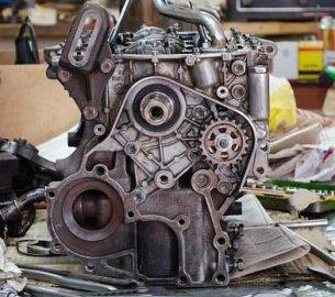 Замена автомобильного двигателя: причины, инструкция и регистрация